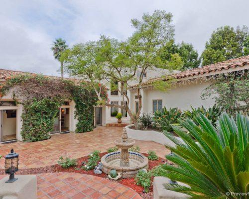 15722 Via Lago Azul, Rancho Santa Fe, CA 92067