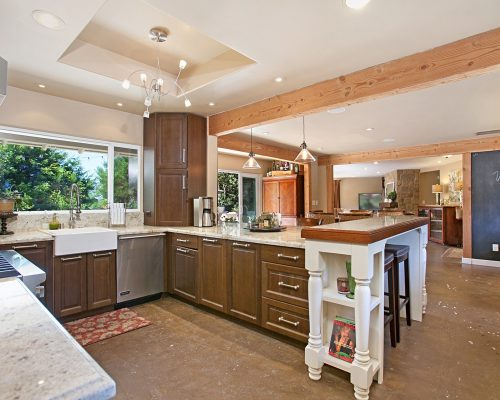 16905 Via de la Valle, Rancho Santa Fe, CA 92067